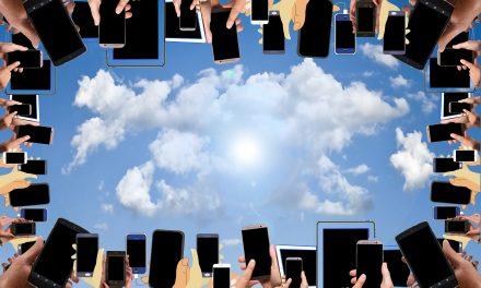 App durch die Barrieren mit dem Handy
