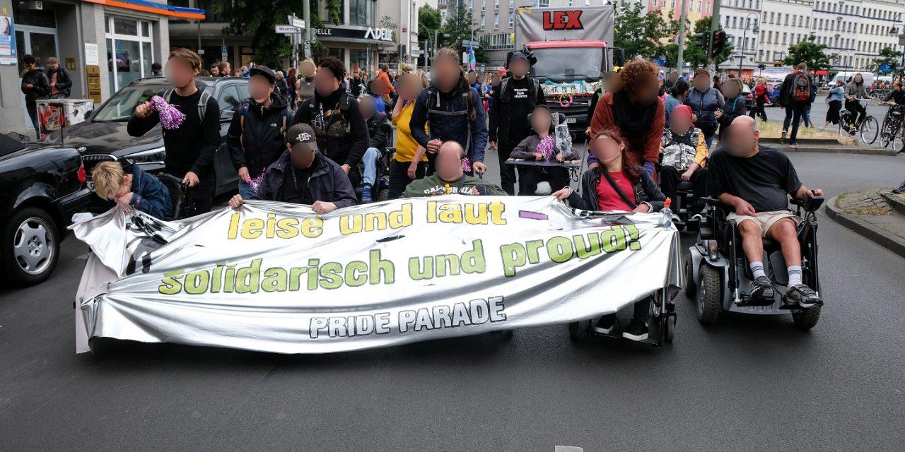Behindert und verrückt feiern – Die Disability & Mad Pride Parade